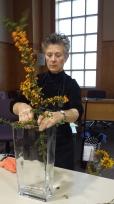 Suzanne Dillingham - Ikebana demonstration