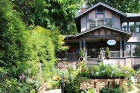 Rose's Garden Shop